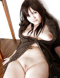 aya Thai porn pictures