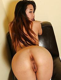 blonde Thai girls porn pics