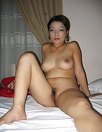 sweet asian chicks posing nude