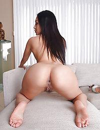 porn pics Thai hotel ladyboys