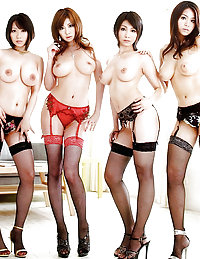 japanese mature hot pussy upskirt
