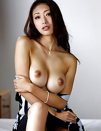 horny Japanese shaved porn photo