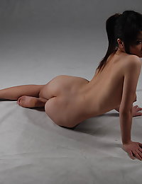 sweet asian chicks posing nude